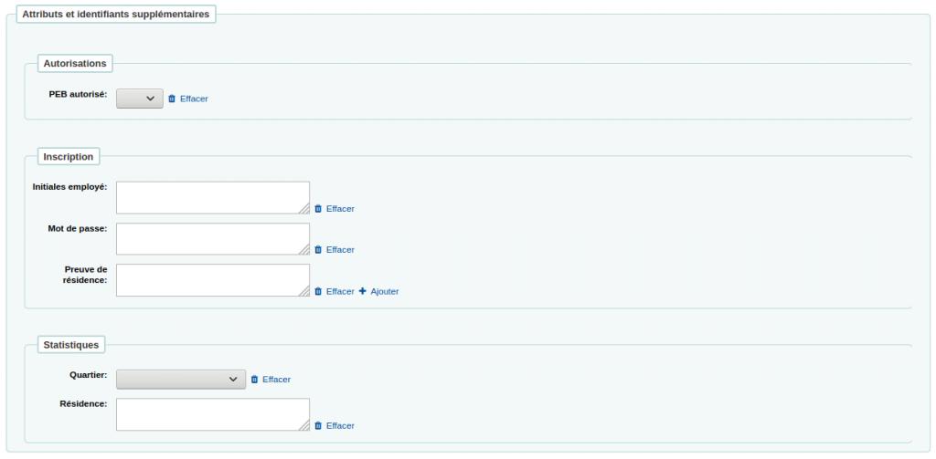Section Attributs et identifiants supplémentaires dans le formulaire d'ajout d'un utilisaeur avec six attributs différents regroupés en trois catégories